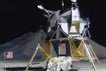 Módulo lunar Eagle como carátula de un capítulo de A Ciencia Cierta: La carrera espacial
