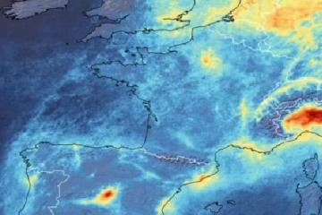 Mapa de la ESA indicando los niveles de contaminación por dióxido de nitrógeno como carátula del capítulo de A Ciencia Cierta: ¿Cómo está afectando al Planeta?